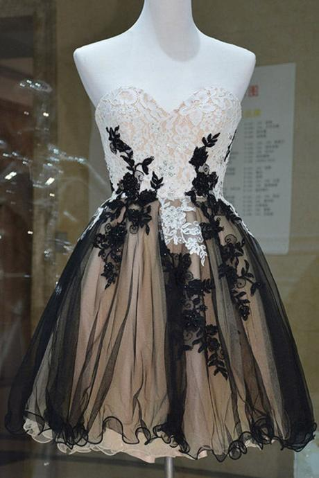 Sweetheart Neck Short Tulle Homecoming Dresses Black Appliques Women Dresses