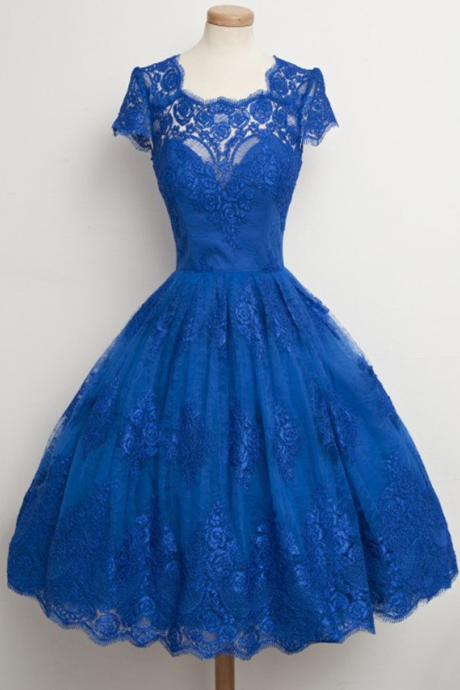 Princess Scalloped Neck Homecoming Dresses, Classic Blue Lace Knee-length Homecoming Dresses, New Arrival Lace Homecoming Dresses