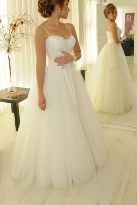 White Sweetheart Tulle Wedding Dresses Elegant Appliques Spaghetti Strap Princess Wedding Gown
