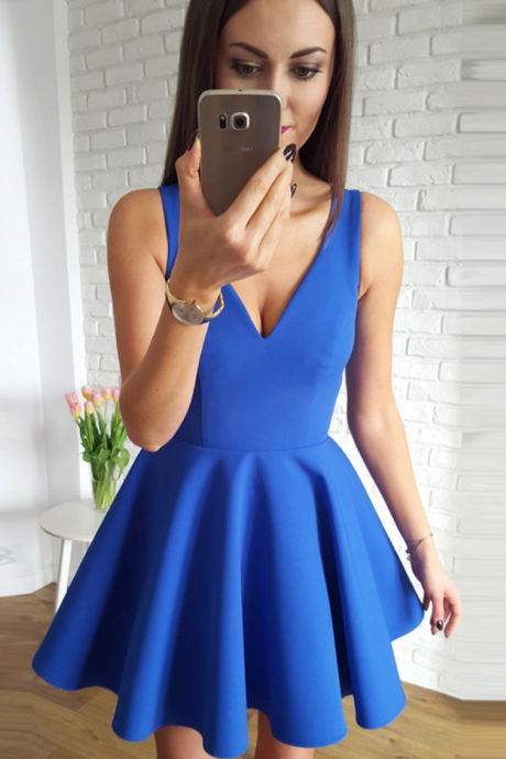 Custom Made Royal Blue Plunging V-Neckline A-Line Short Evening Dress, Homecoming Dress, Graduation Dress, Cocktail Dress, Party Dress