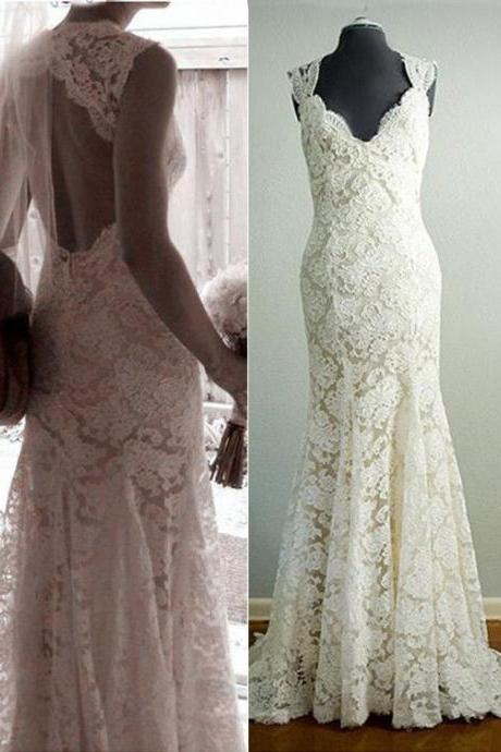 Sleeveless V-Neck Mermaid Wedding Gown featuring Full Lace Appliqués and Bare Back